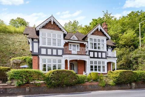 5 bedroom detached house for sale - Shooters Hill, Pangbourne, Reading, Berkshire