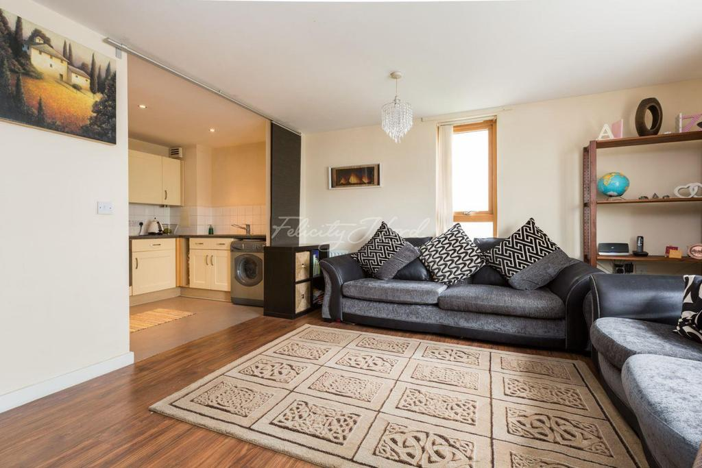 2 Bedrooms Flat for sale in Stainsby Road, E14