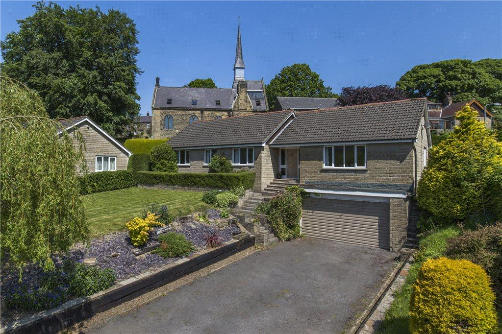 4 Bedrooms Detached Bungalow for sale in Harewell Close, Glasshouses, Harrogate