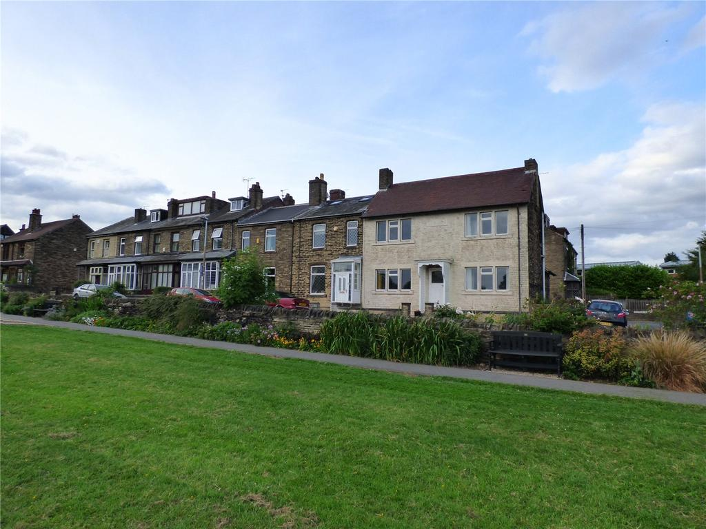 3 Bedrooms Detached House for sale in Park View, Cleckheaton, West Yorkshire, BD19