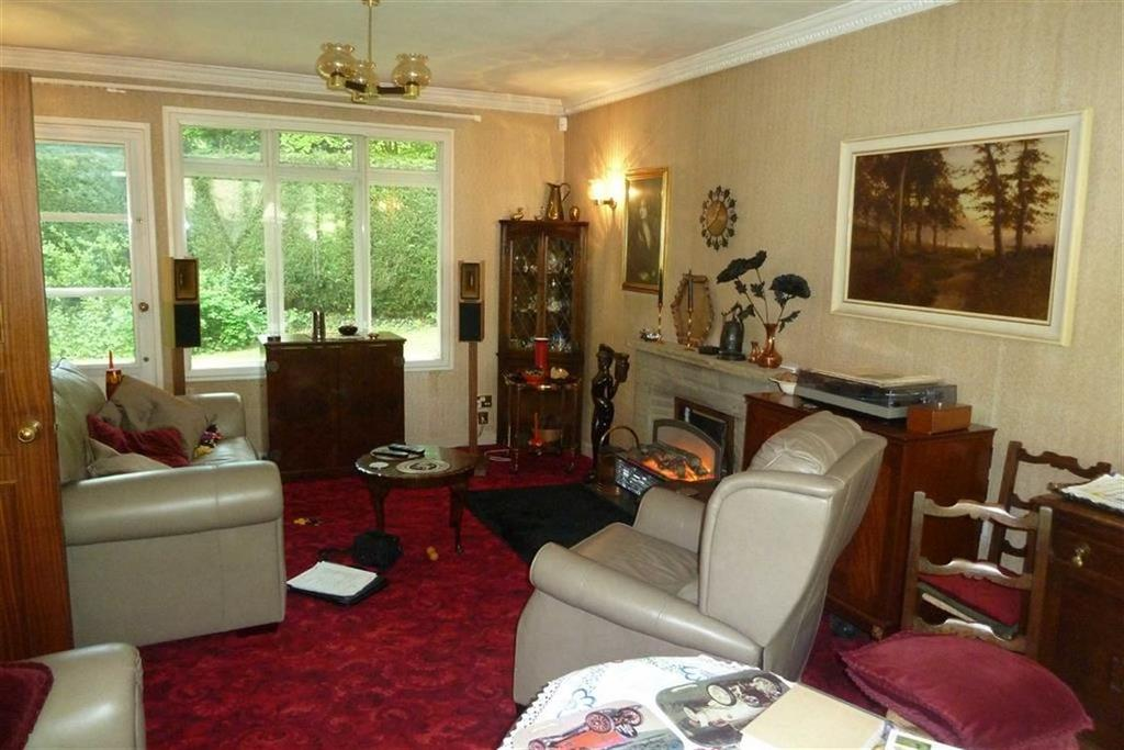 3 Bedrooms Detached Bungalow for sale in Long Close Road, Hamsterley Mill, Tyne Wear
