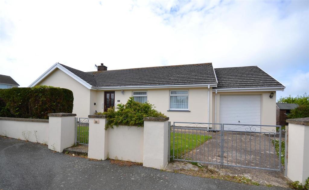 3 Bedrooms Detached Bungalow for sale in Simpson Cross