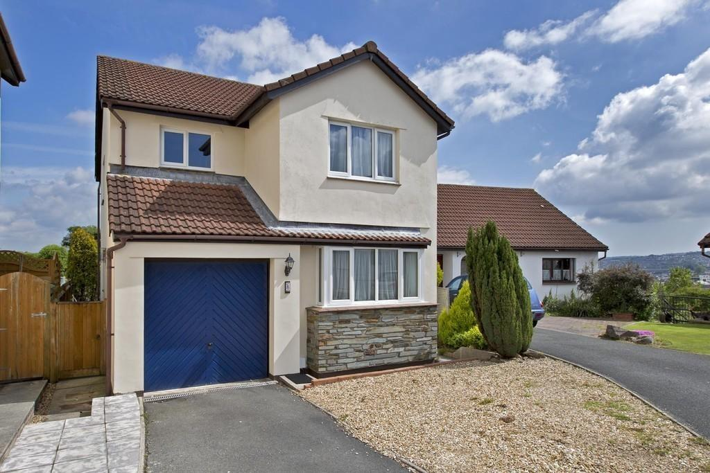 4 Bedrooms Detached House for sale in Manor View | Bradley Vale | Newton Abbot