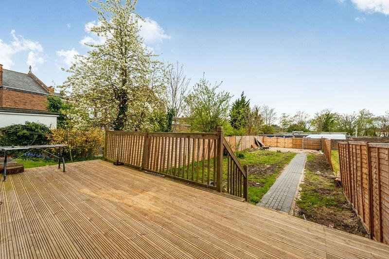 5 Bedrooms House for sale in Parchmore Road, Thornton Heath, CR7