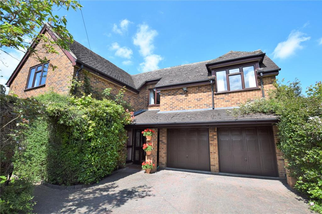 4 Bedrooms Detached House for sale in Church Lane, Burghfield Village, Reading, Berkshire, RG30