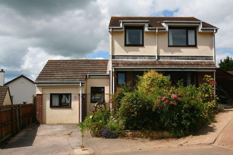 4 Bedrooms Detached House for sale in Hartland Tor Close, Brixham