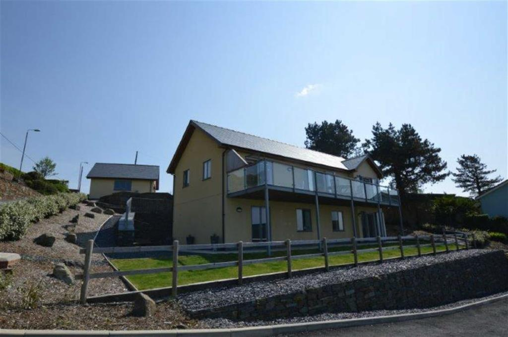 5 Bedrooms Detached House for sale in Ty Sioned, Gwelfor Road, Aberdyfi, Gwynedd, LL35