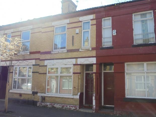 3 Bedrooms Terraced House for sale in Longden Road, Manchester, M12