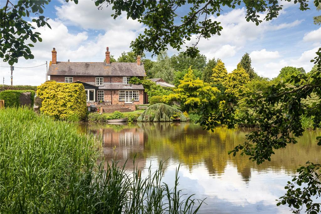 4 Bedrooms Detached House for sale in Tiverton, Tarporley, Cheshire, CW6
