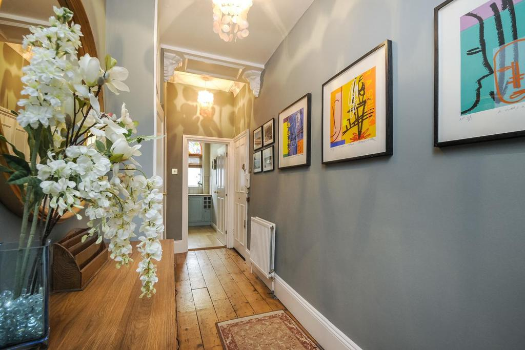 2 Bedrooms Flat for sale in Northcote Road, Battersea
