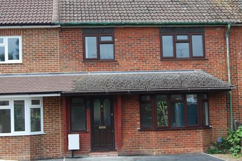 3 bedroom terraced house to rent - Westfield Road, Camberley, Surrey, GU15 2SG