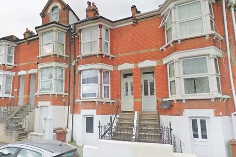 4 bedroom terraced house to rent - Rochester Street