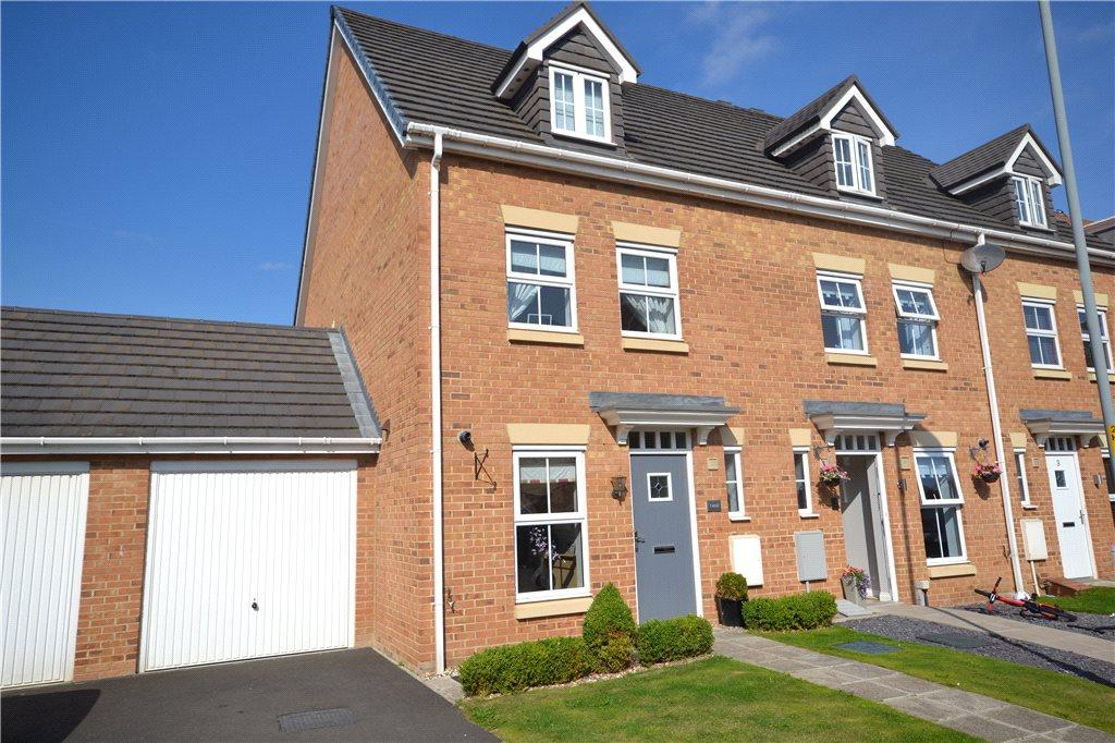 3 Bedrooms End Of Terrace House for sale in Hilcott Close, Ingleby Barwick, Stockton-on-Tees