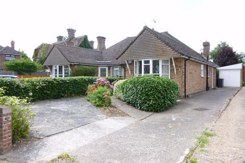 3 bedroom semi-detached bungalow to rent - Springfield Green, CHELMSFORD, Essex