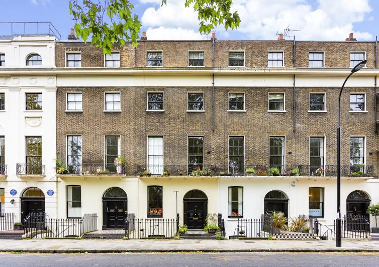 3 Bedrooms Flat for sale in Mecklenburgh Square, Bloomsbury, London, WC1N