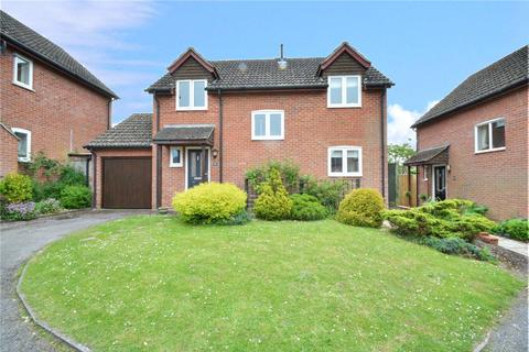 3 bedroom detached house to rent - Lawrence Mead, Ramsbury, Marlborough, Wiltshire, SN8