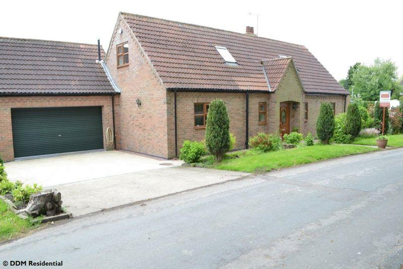 3 Bedrooms Detached House for sale in Fockerby, Scunthorpe
