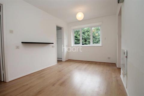 1 bedroom flat to rent - Wingrove Court, Chelmsford