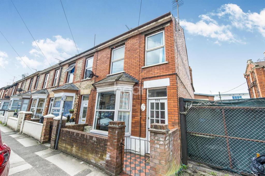 3 Bedrooms End Of Terrace House for sale in St Augustine Street, Taunton