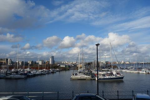 2 bedroom semi-detached house to rent - John Batchelor Way, Penarth Marina