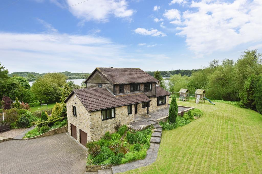 5 Bedrooms Detached House for sale in Caudle Hill, Fairburn, Knottingley