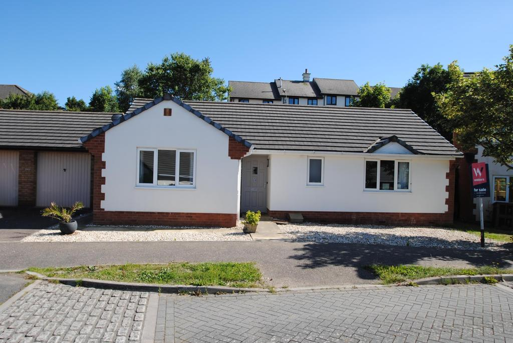 4 Bedrooms Bungalow for sale in Ian Hay Close, Bideford