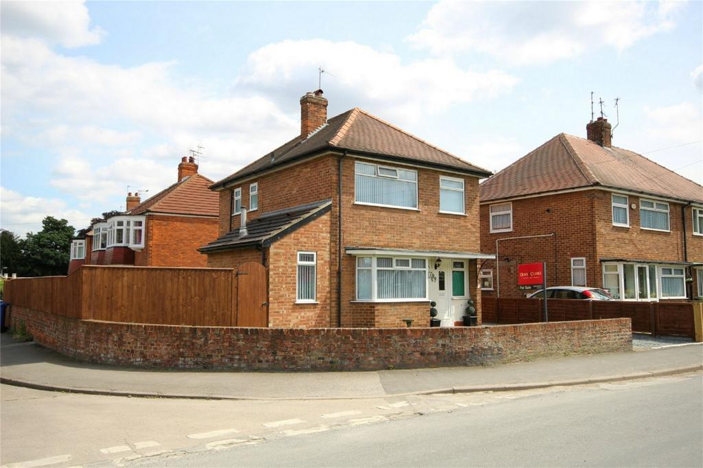3 Bedrooms Detached House for sale in Beck Bank, Cottingham, East Riding of Yorkshire