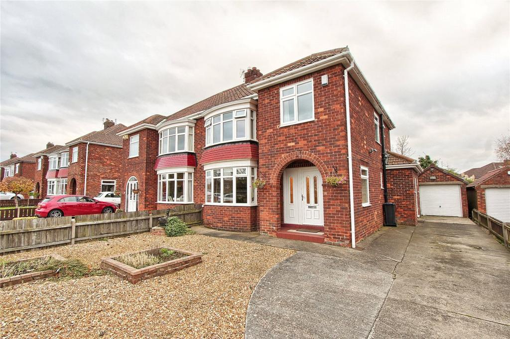 4 Bedrooms Semi Detached House for sale in The Croft, Marton