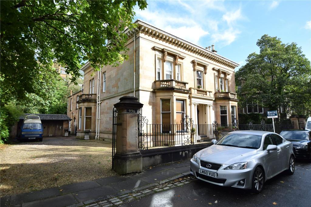 3 Bedrooms Apartment Flat for sale in Top Floor, Great Western Road, Kelvinside, Glasgow