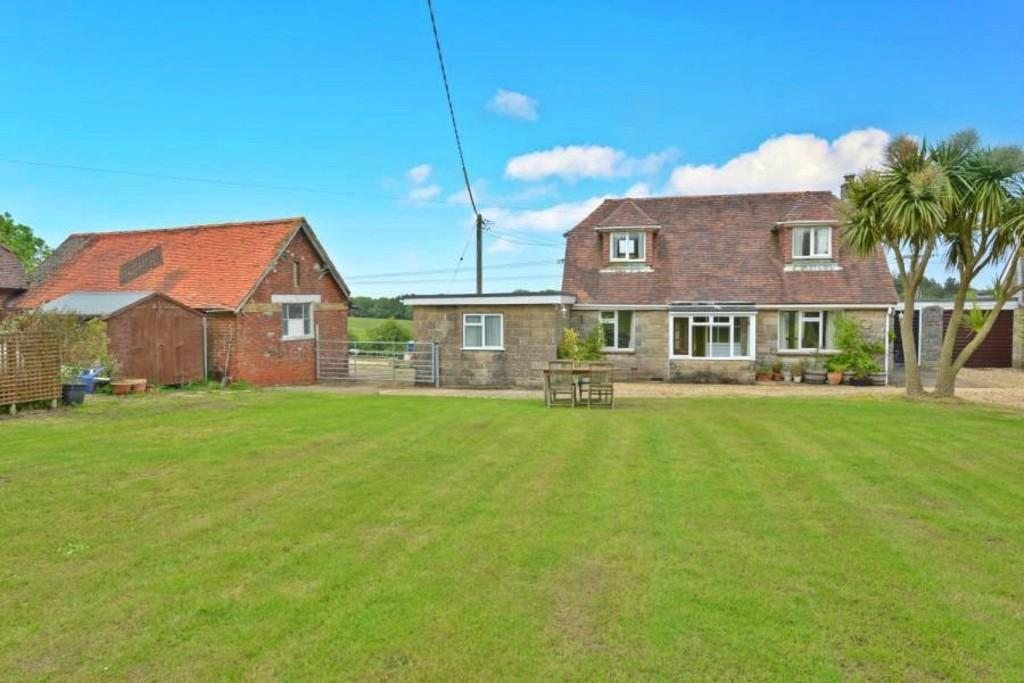 4 Bedrooms Link Detached House for sale in Whippingham, Isle of Wight