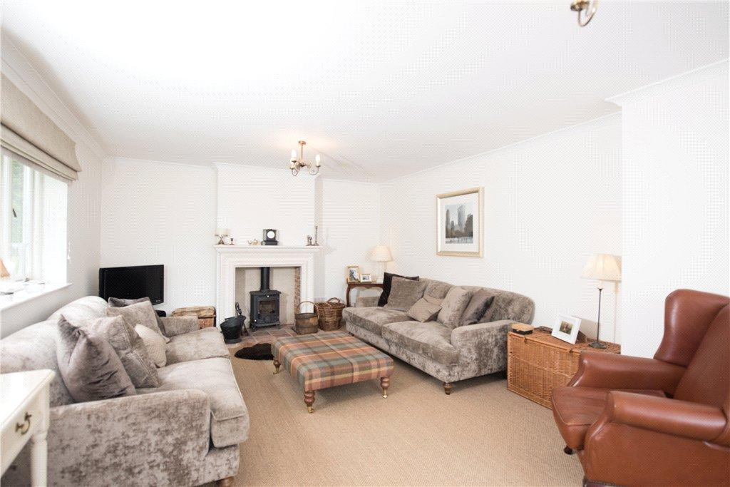 West end stagsden bedford bedfordshire 4 bed detached for Garden rooms stagsden
