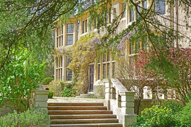 7 Bedrooms Detached House for sale in Hertford Heath, Hertford