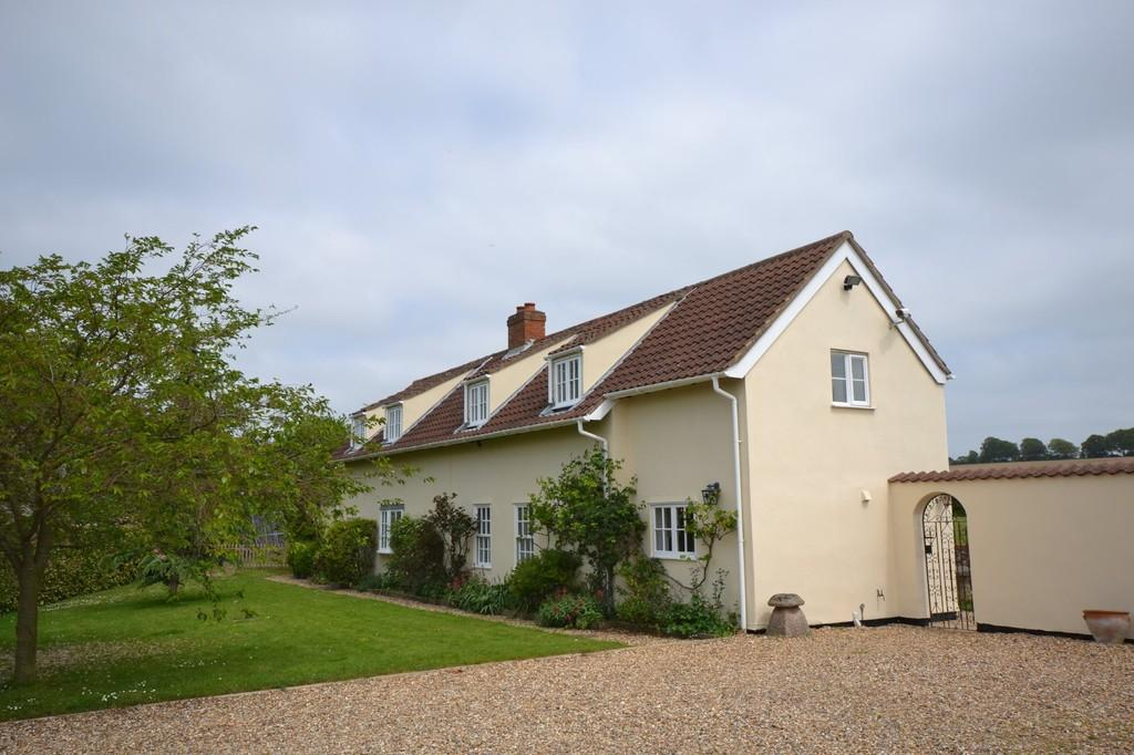 4 Bedrooms Detached House for sale in Brinkley Road, Six Mile Bottom, Suffolk, CB8 0UN