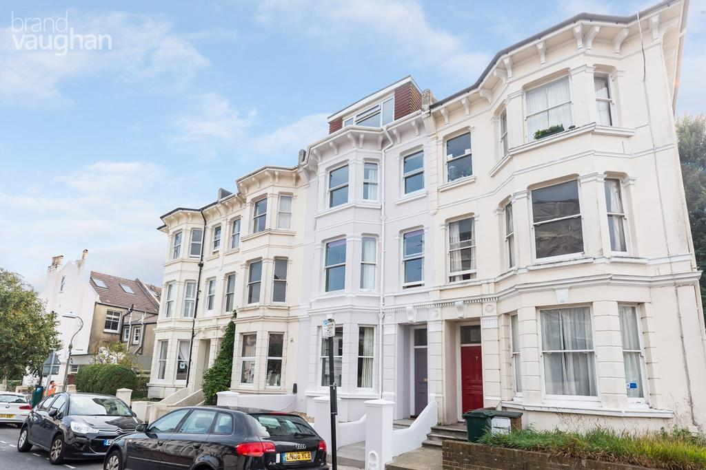 6 Bedrooms Terraced House for sale in Upper Hamilton Road, Brighton, BN1