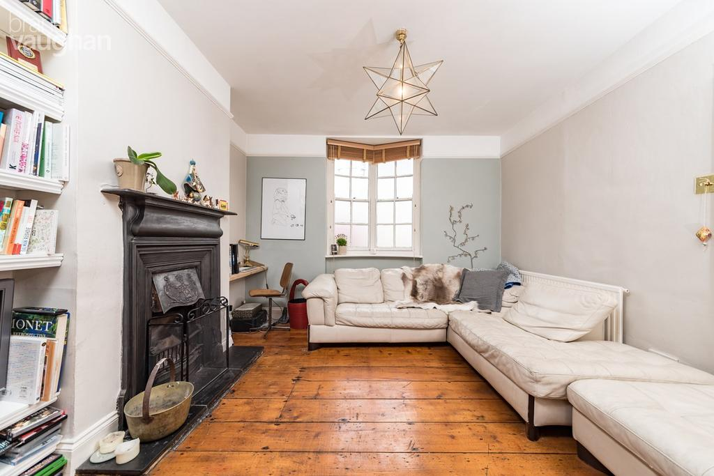 3 Bedrooms Terraced House for sale in Terminus Place, Brighton, BN1