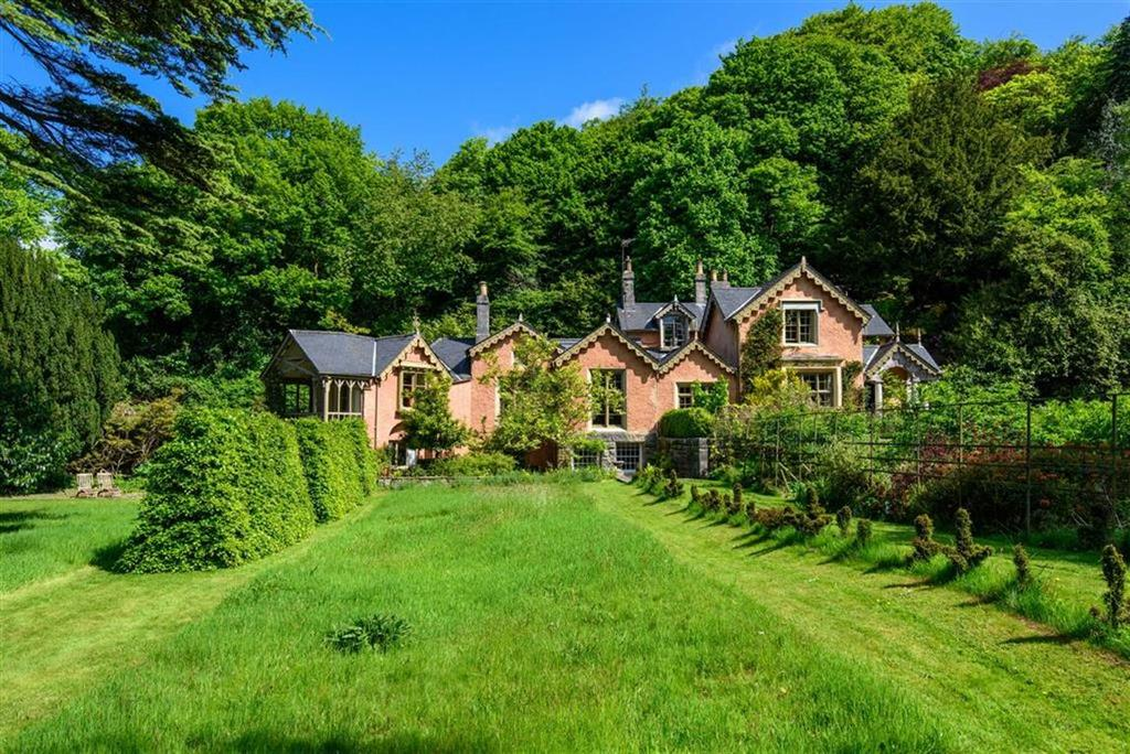 8 Bedrooms Detached House for sale in Lindale, Cumbria