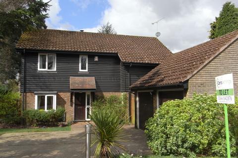 4 bedroom detached house to rent - Geffers Ride, Ascot SL5