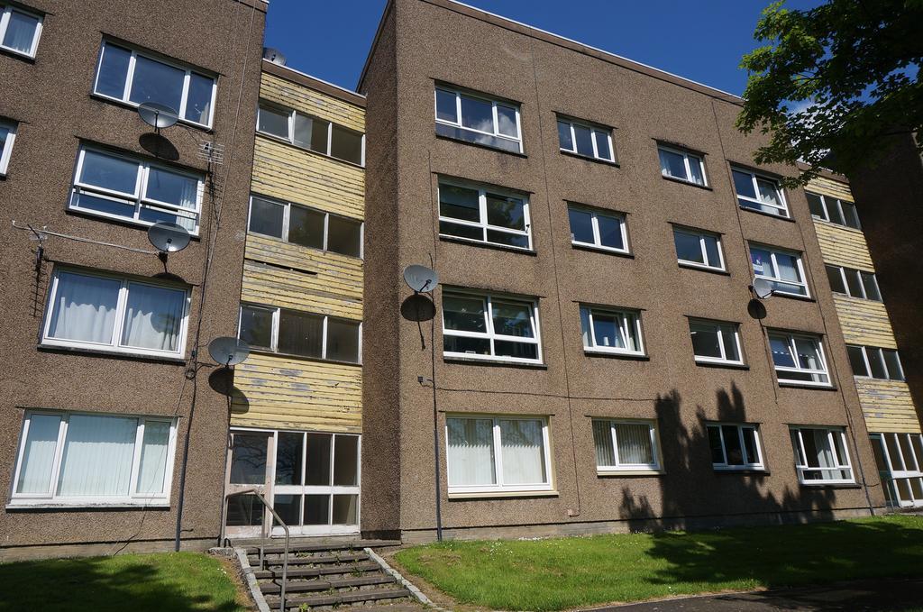 2 Bedrooms Flat for sale in Greenfaulds, Cumbernauld G67