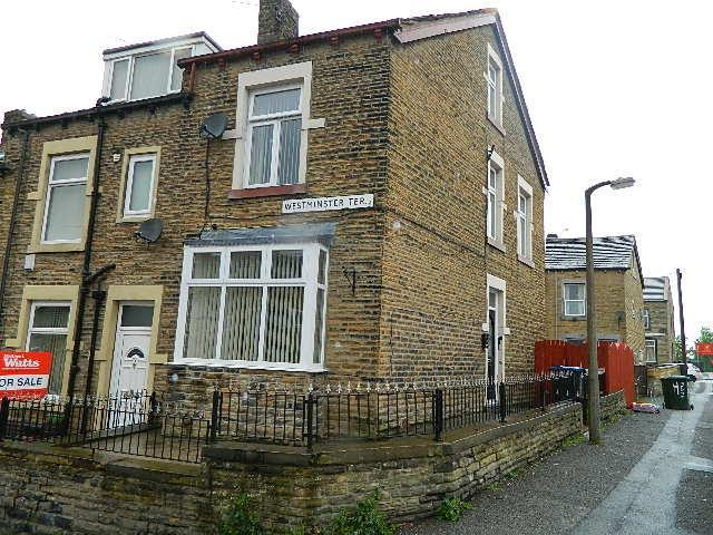 3 Bedrooms Terraced House for sale in Westminster Road,Bradford, BD3 0HQ