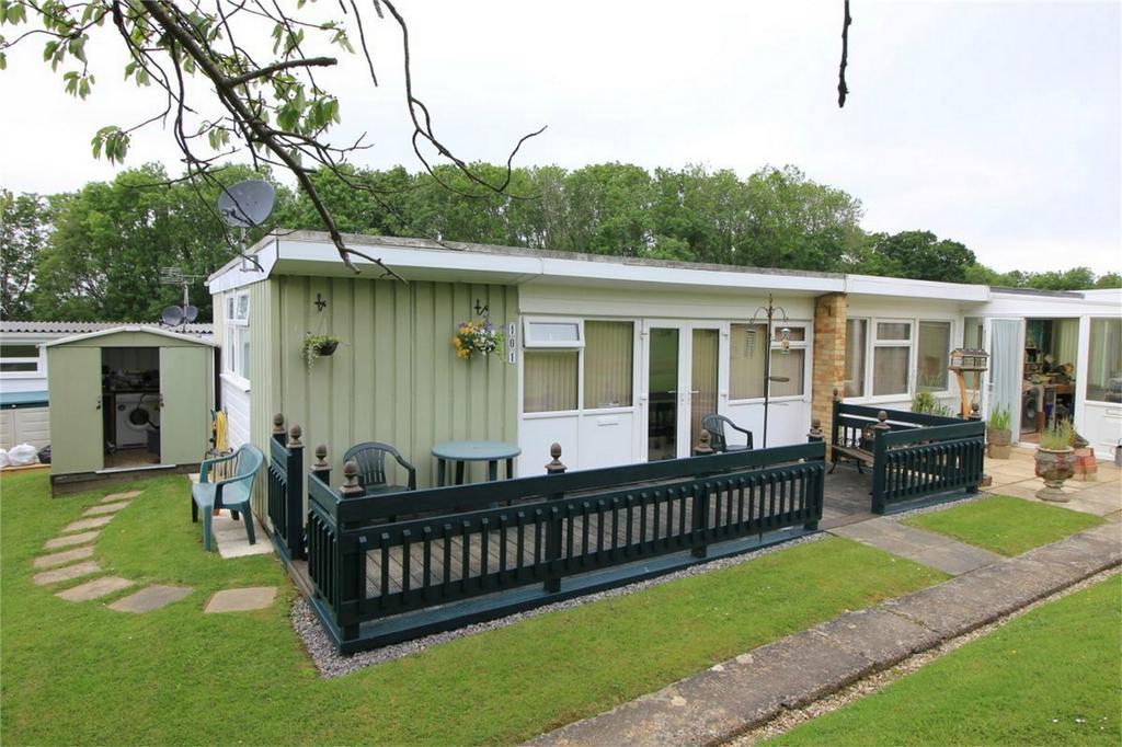 1 Bedroom Park Home Mobile Home for sale in Battle Road, ST LEONARDS-ON-SEA, East Sussex