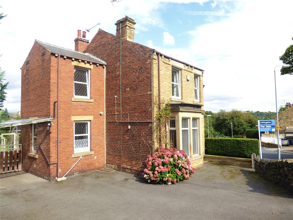 3 Bedrooms Detached House for sale in Cornmill Lane, Liversedge, WF15