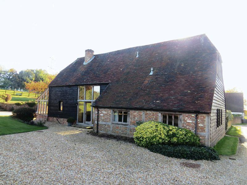 4 Bedrooms Barn Conversion Character Property for rent in Hambledon, Nr Petersfield / Portsmouth / Fareham, Hampshire