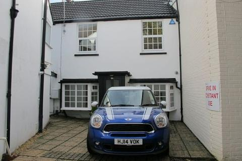 2 bedroom terraced house to rent - Norwich Road, Bournemouth Town Centre