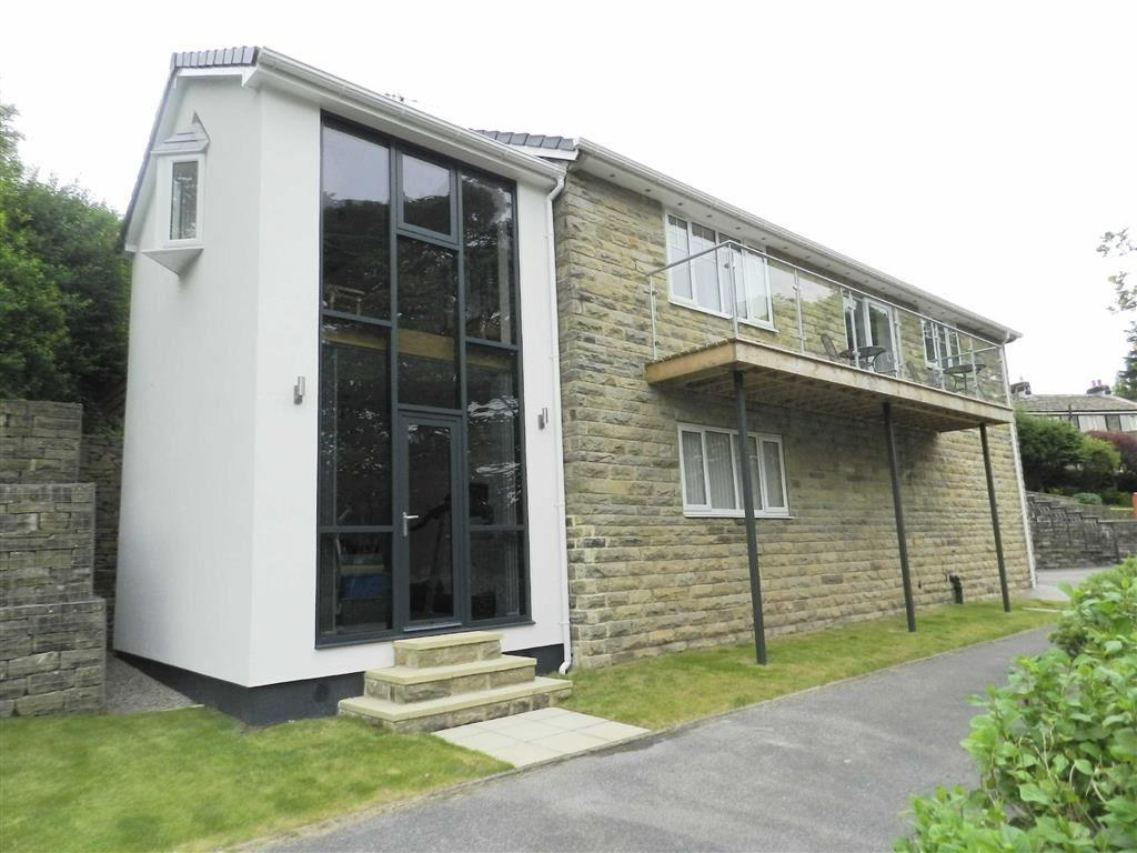 4 Bedrooms Detached House for sale in Slaithwaite Road, Meltham, Holmfirth, HD9