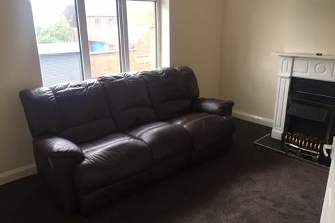 2 bedroom flat to rent - Beeches Road, Walsall WS3