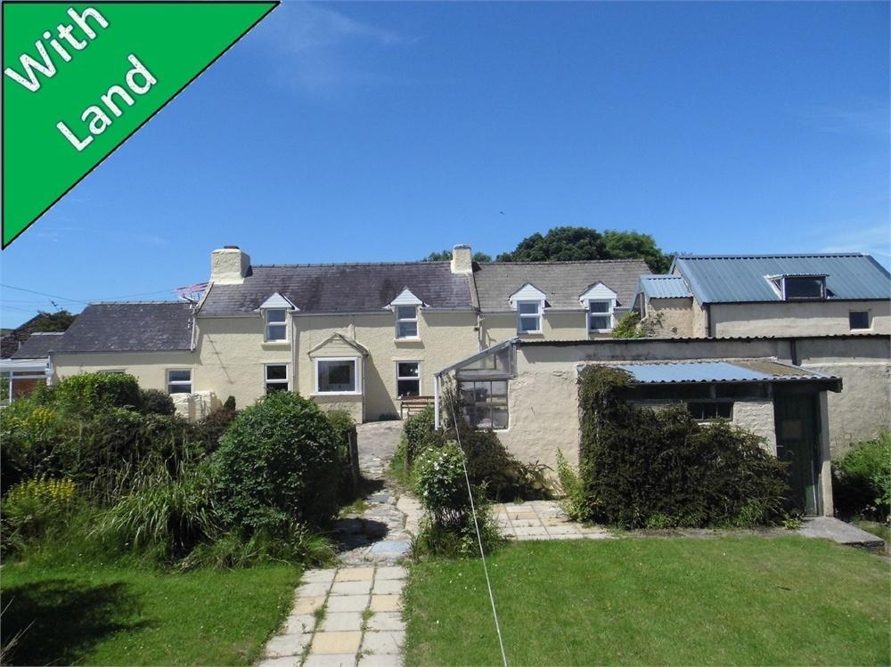 3 Bedrooms Detached House for sale in Bwlch-Y-Rhos Isaf, Llanwnda, Goodwick, Pembrokeshire