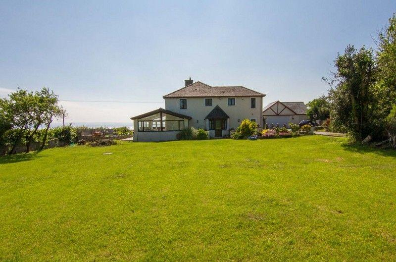 4 Bedrooms Detached House for sale in Cartref, Gileston Road, Gileston, The Vale Of Glamorgan. CF62 4HU
