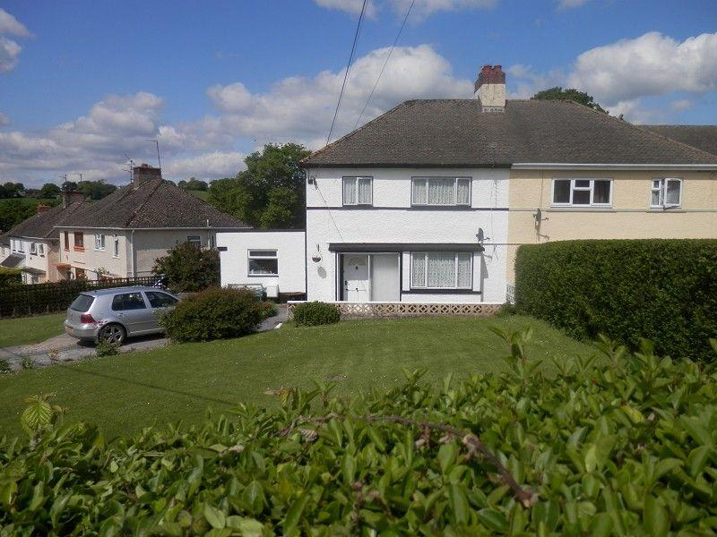 3 Bedrooms Semi Detached House for sale in Rhydyfro, Llangadog, Carmarthenshire.