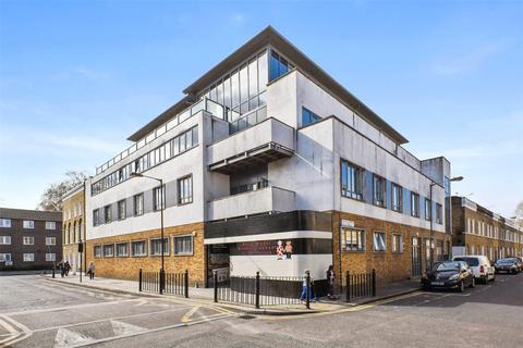 Studio to rent - Louisa Street, Stepney Green, E1