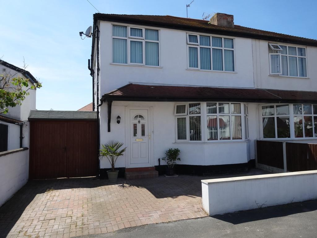 3 Bedrooms Semi Detached House for sale in Burlington Crescent, Rhyl